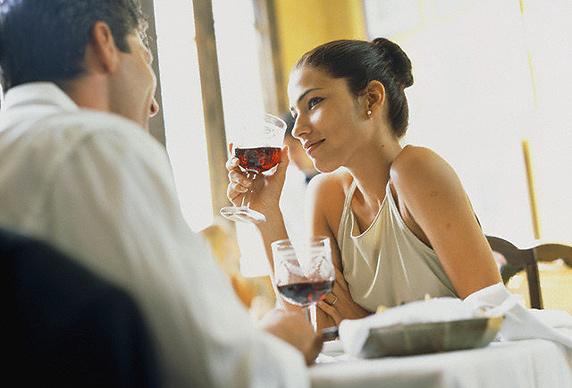 Правила знакомства, о чем говорить на первой встрече