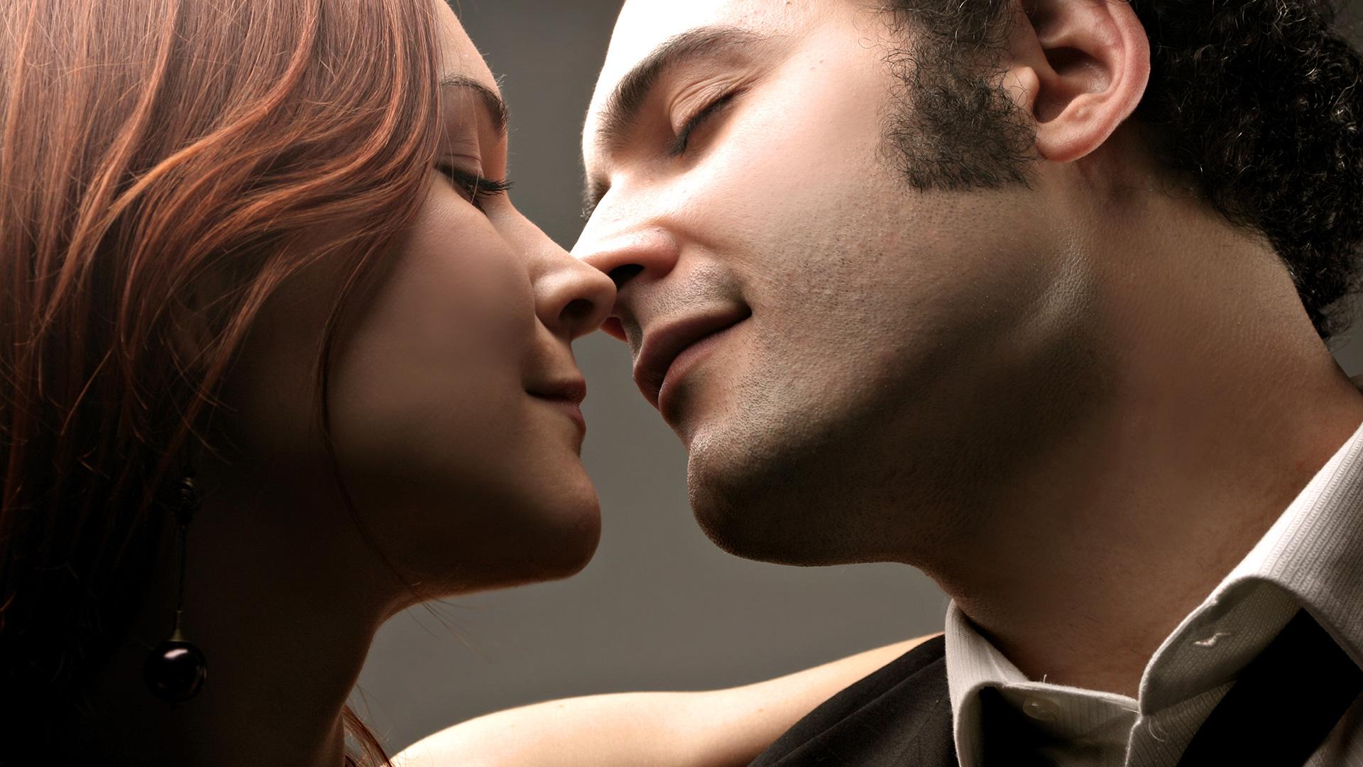 искусство любви, поцелуй в сексе,